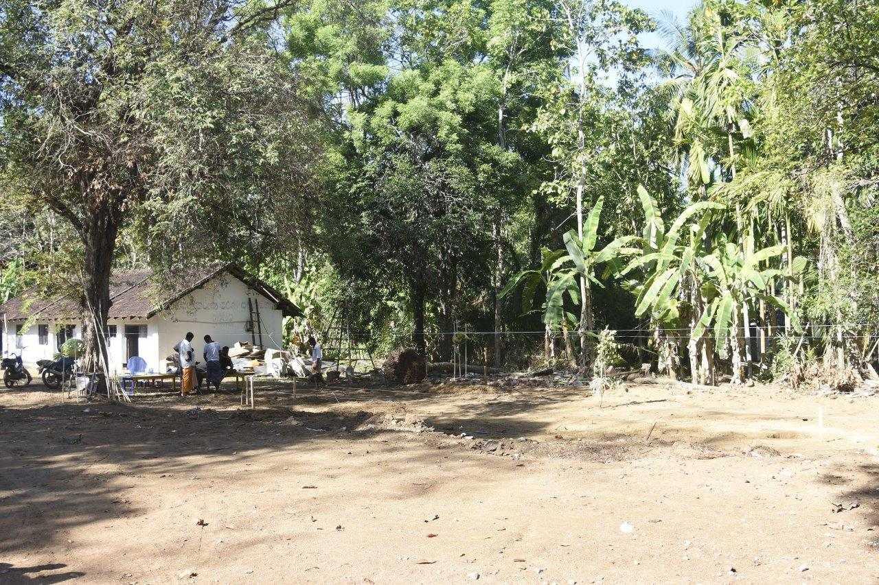 die erste AMONDO Schule in Sri Lanka wird gebaut