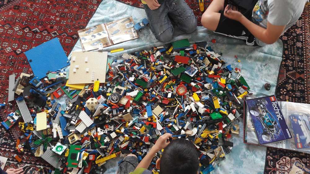Viele Legosteine für kreative Köpfe